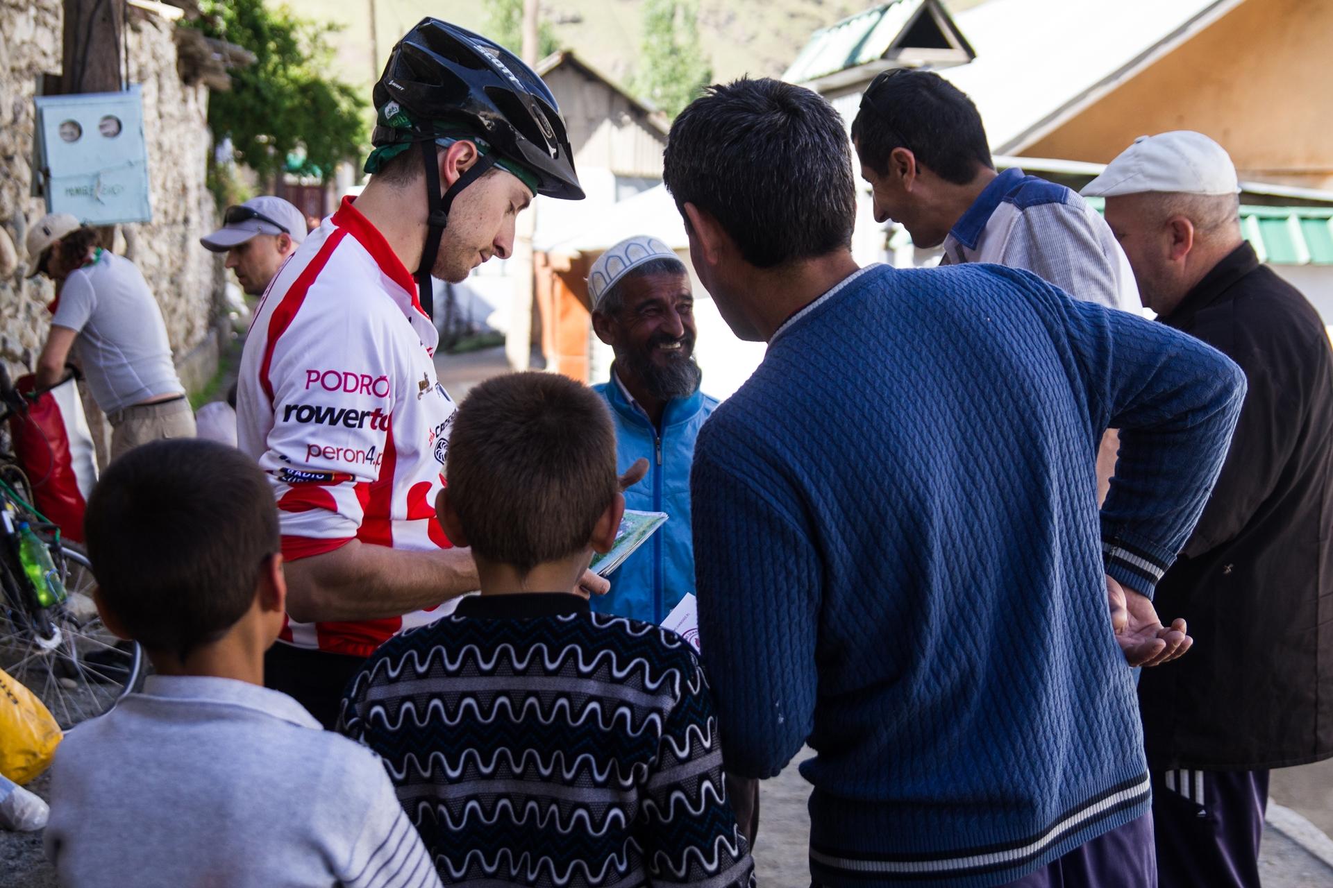 Spotkanie z lokalnymi mieszkańcami. Foto: Urszula Ziober